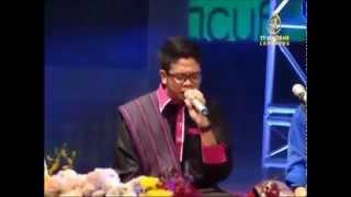 Kulluman - RAQIB MAJID ft UNIC (Dikir Zikir at PIIACUF 2013 )