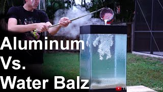 getlinkyoutube.com-Molten Aluminum Vs 'Spitballs' - SO COOL!! (water balz)