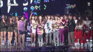 getlinkyoutube.com-Kpop Winner Interview - 090731 SNSD & 2NE1 & Lee Seung-Gi