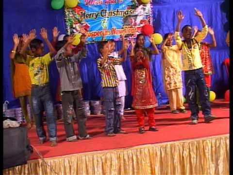 Hindi Christian song dance by kids (har din thu vachan ko pad le)