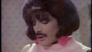 getlinkyoutube.com-Queen - I want to break free