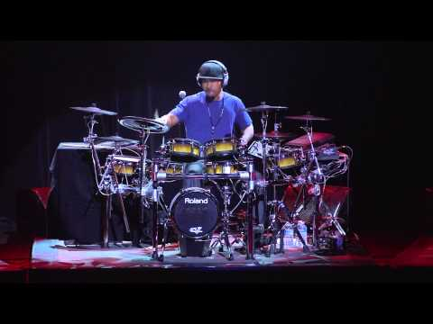 Montreal Drum Fest 2012 - Tony Royster Jr. - FULL PERFORMANCE