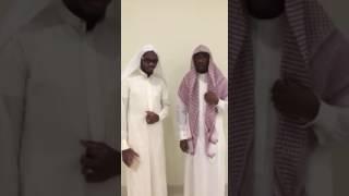 getlinkyoutube.com-تقليد مؤذنين الحرم المكي علي ملا و فاروق حضراوي شباب المسفله