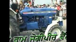 getlinkyoutube.com-Sonalika 60 hp vs farmtrac 55hp