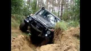 getlinkyoutube.com-Mercedes G & Nissan Patrol off road