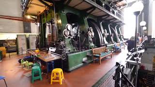 getlinkyoutube.com-Kempton Park  Big Triple Steam Engine Starting