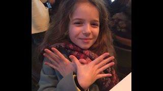 getlinkyoutube.com-Erza Muqolli i këndon dashurisë për Atdheun !