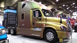 getlinkyoutube.com-2015 Freightliner Cascadia Evolution Truck with Detroit DD15 14.8L 455hp Engine - Walkaround