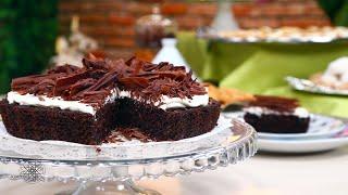 getlinkyoutube.com-شميشة : طريقة سهلة لتحضير حلوى السميد بالشكلاطة (وصفة بسبوسة بالشكلاطة)