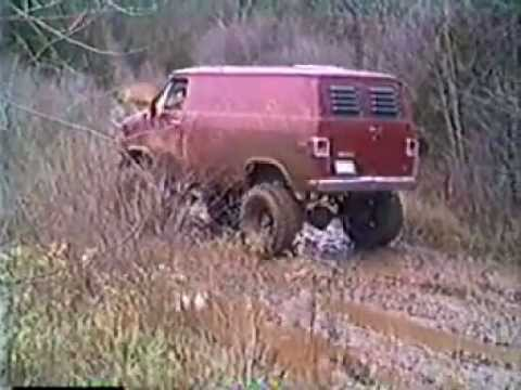 MUDPIG PLAYING IN TWO WHEEL DRIVE