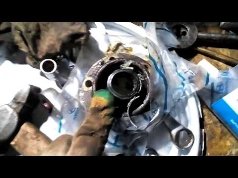 Замена подвесного подшипника кардана и ремонтный набор карданного вала на Santa Fe 02 (SW) -2