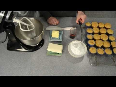 How to Make Cream Cheese Frosting / Icing