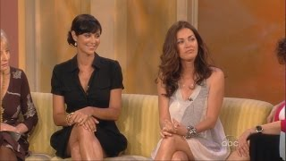 getlinkyoutube.com-Catherine Bell | Kim Delaney | On The View | 16.06.2008