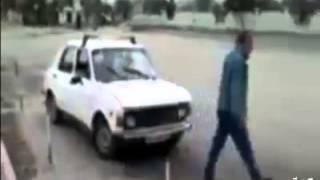 عنابي مهبول يعلم في ولدو يسوق