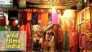 getlinkyoutube.com-Saree shop selling Benarasi sarees in Varanasi