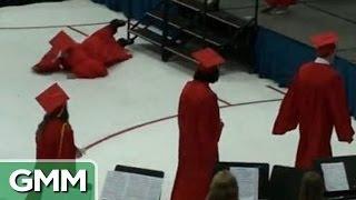 getlinkyoutube.com-5 Embarassing Graduation Fails