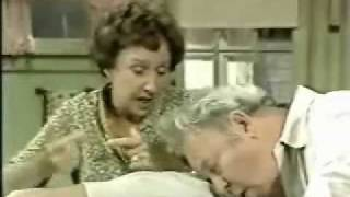 getlinkyoutube.com-Archie Bunker( All in the Family) classic scenes!