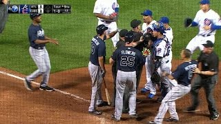 getlinkyoutube.com-ATL@CHC: Benches clear in the top of the 9th