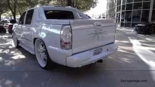 getlinkyoutube.com-Two Custom Cadillac Escalade at Sema