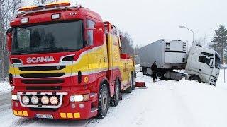 getlinkyoutube.com-Scania 8x4 Boniface vs MAN - Heavy Recovery -  Sweden