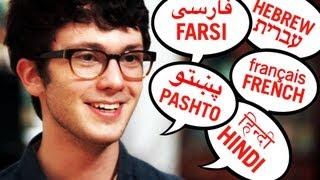 getlinkyoutube.com-Teen Speaks Over 20 Languages