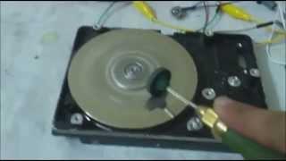getlinkyoutube.com-توليد كهرباء من موتور الهاردد يسك DC HDD motor generator