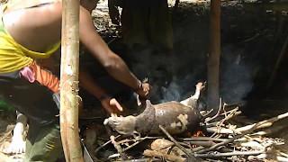 Begini Cara Masak Babi Hutan Hasil Buruan Pedalaman Papua (SoilerMan Zone) #Part 1