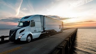 getlinkyoutube.com-Volvo Trucks - Introducing the SuperTruck Concept Vehicle