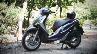 getlinkyoutube.com-Piaggio Medley 150 Test-ride