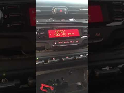 2011 Alfa Romeo Giulietta Dash Panel Removal