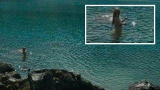 getlinkyoutube.com-Mermaid caught in Peru, 10th August 2015
