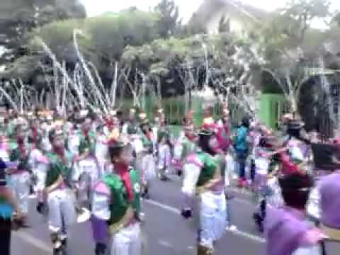 Drumband  JH HUT TULUNGAGUNG 808- 2013 part 1