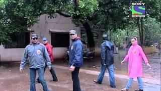 CID - Episode 575 - Gumnaam Laash