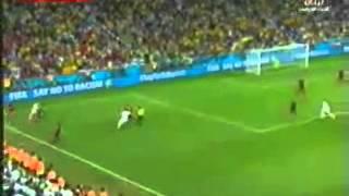 getlinkyoutube.com-تفاعل المعلق اللبناني محمد كركي مع اخر 5 دقائق من مباراة الجزائر وروسيا