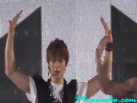 [Mr MinHo] 120407 KMW 2012 in Bangkok - SHIINee Singing Ring Ding Dong