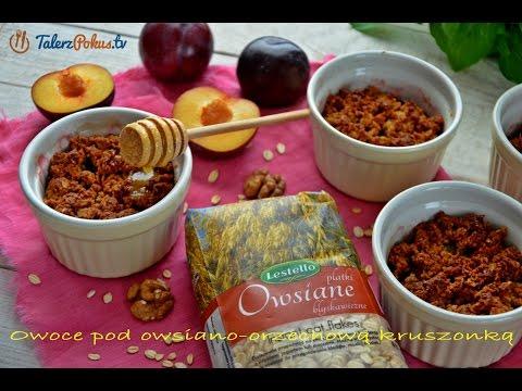 Owoce pod owsiano-orzechową kruszonką