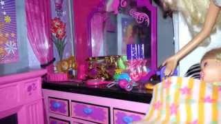 getlinkyoutube.com-Mi casa de Barbie