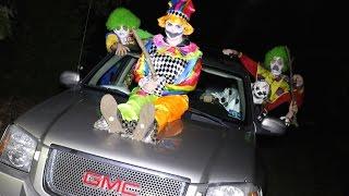 getlinkyoutube.com-GANG OF KILLER CLOWNS ATTACKS US!