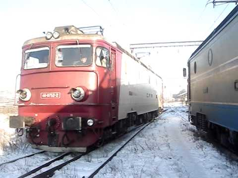 Manevra unei locomotive electrice prin Depoul CF Brasov