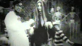 getlinkyoutube.com-White Zombie - I'm your boogieman HQ