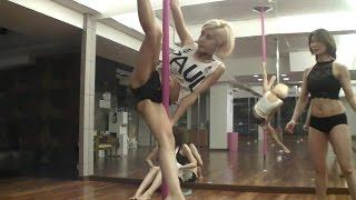 getlinkyoutube.com-[3] Korea top racing model sexy pole dance 폴댄스 with 레이싱모델 한지은 - 허윤미허니TV