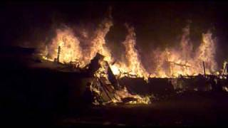 getlinkyoutube.com-incendio las rocas discotheque