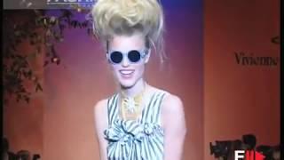 "getlinkyoutube.com-VIVIENNE WESTWOOD'S Sexy Girls!!! 1997 in Paris ""Vive la Bagatelle"" bi Fashion Channel"