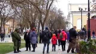 getlinkyoutube.com-Крымская ВЕСНА: Вежливые люди 1.03.14 Свадебный Симферополь.