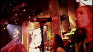 Kylie Minogue – Burning Up