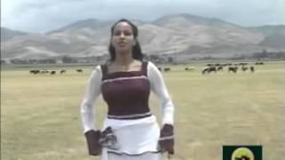 getlinkyoutube.com-Traditional amharic music   Na Dimama