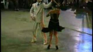 getlinkyoutube.com-Geraldine y Javier - La Yumba (2002)