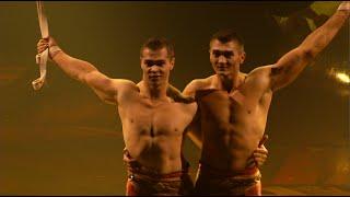 getlinkyoutube.com-Cirque du Soleil's Kurios