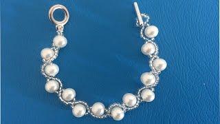 getlinkyoutube.com-Como hacer pulseras con chaquira, pulseras con perlas.