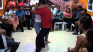 getlinkyoutube.com-Bachata Dominicana, verdadero estilo